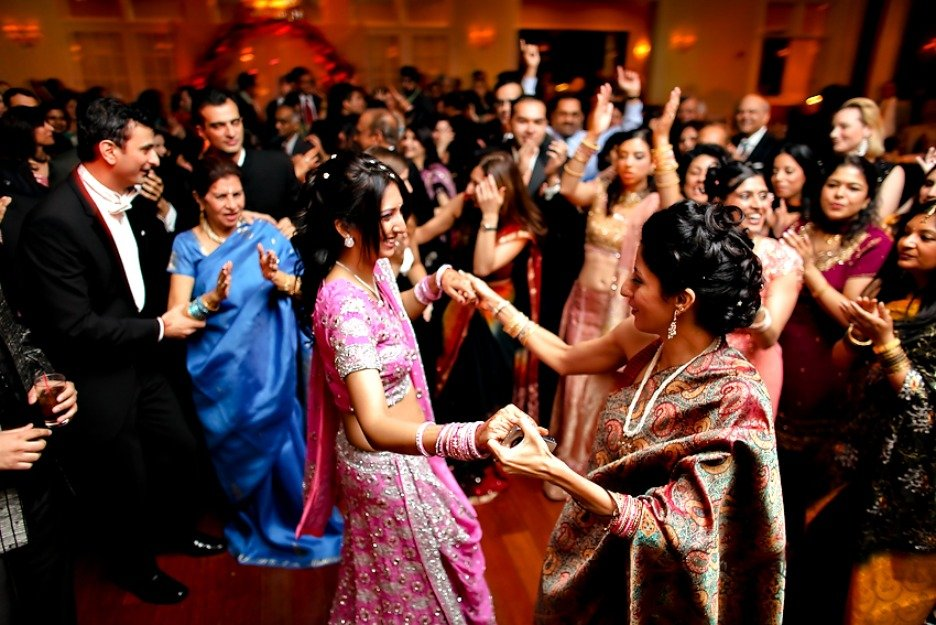 Ideas on wedding songs for sangeet ceremony venuelook blog for Classic house party songs