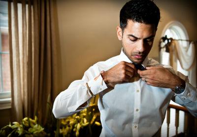 groom poses
