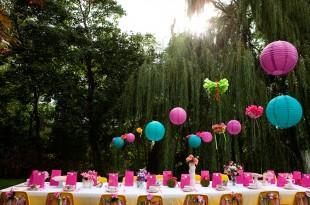 Wonderland themed birthday party