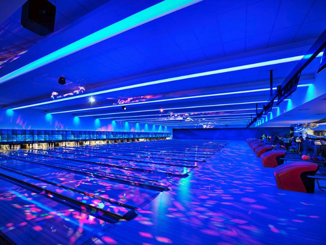 Cosmic Bowling Party